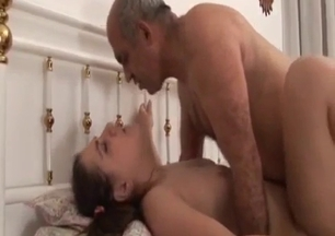 Daddy and his chubby daughter fucks in the cowgirl pose